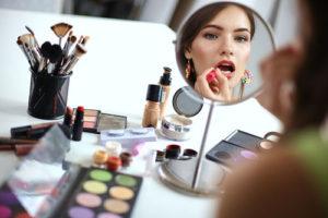 Правила нанесения макияжа. Секреты гримеров. Практические советы.